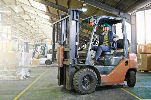 How Does Equipment Financing Differ From a Traditional Business Loan?