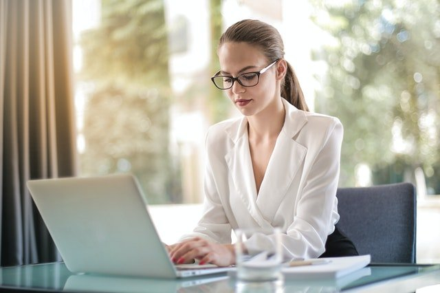 Four Reasons You Should Opt for an Online Loan